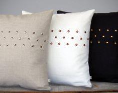 BENUTZERDEFINIERTE Metallic bespickt Kissenbezug - Premium Bettwäsche (20 x 20) von JillianReneDecor | Geometrische Kissen | Moderner Hauptdekor | Streifenmuster