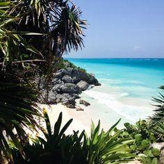 Mes bonnes adresses à Tulum, Mexique   Christelle is Flabbergasting Belize Travel, Mexico Travel, Mexico Destinations, Travel Destinations, Places To Travel, Places To Visit, Quintana Roo Mexico, Mayan Cities, Mexico Culture