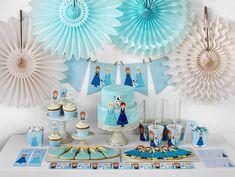 El dia de hoy te comparto 30 ideas para organizar una fiesta de frozen, son ideas fáciles de implementar en tu fiesta así que no dudes en ponerlas en practica, ademas que están preciosas te van a encantar todas.