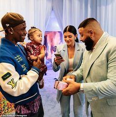 DJ Khaled gifts Travis Scott and Kylie Jenner's daughter Stormi a Chanel purse at her birthday party (Photos/Video) Kris Jenner, Travis Scott Kylie Jenner, Mode Kylie Jenner, Looks Kylie Jenner, Estilo Kylie Jenner, Kylie Jenner Outfits, Kylie Jnner, Kourtney Kardashian, Estilo Kardashian