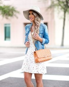 #jeansjacke #blumenkleid Women's Blue Denim Jacket, White Floral Skater Dress, Tan Quilted Leather Crossbody Bag, White Wool Hat
