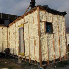 Blain (44)réalisé en autoconstruction avec travaux d'isolation extérieure par mousse polyuréthane projetée