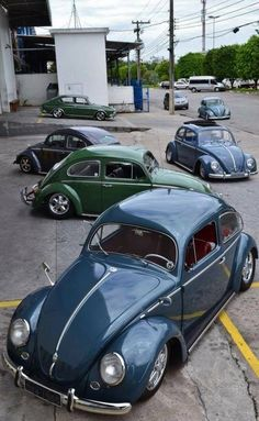 Top Vintage Accessories Ideas For Volkswagen Vehicle , You're in your vehicle at minimum once per day, which is the reason why it's important to keep it well maintained with the ideal car solutions. Vespa, Vw Bugs, Vw Accessories, Combi Wv, Kdf Wagen, Hot Vw, Volkswagen Karmann Ghia, Vw Vintage, Vw Beetles