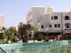 #magiaswiat #podróż #zwiedzanie #targoui #blog #afryka  #tunezja #sousse #sidibousaid #morze #srodmiejskie #statki #medina #suk #katakumby #niebieskiemiasto #monastyr #mauzoleum # fort #medina #port #elkantaoul #flamingi #tunis #kartagina #hergla #meczet Mansions, House Styles, Blog, Home Decor, Decoration Home, Manor Houses, Room Decor, Villas, Mansion