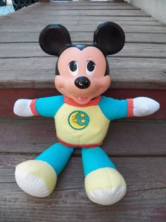 Mickey Mouse Bedtime Light Up Nightlight Stuffed Animal Vintage Toy Night Light, Light Up, 1990s Toys, Disney Stuffed Animals, Bedtime, Mickey Mouse, Disney Characters, Kids, Vintage