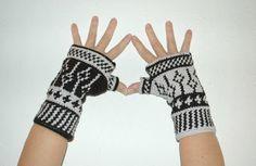 3 macarrons: Mitenes o guantes sin dedos