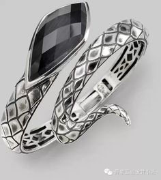 【私人定制】珠宝设计师Stephen Webster和他神秘的珠宝世界