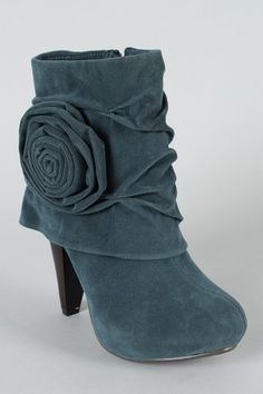 Like the Cuff, the oversized rosette, ruched detail!! What isn't there to like about this shoe?