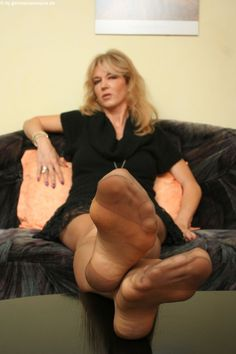 go ahead.... I see you touching your throbbing tool......dream of my feet in your face...