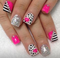 Sweet 15 nail art | Quinceanera nail ideas | pink and black nails | polka dot and stripes | Quince fashion