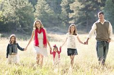 elizabeth ann photography: Family, fields and sunshine | preview | Colorado Springs Family Portrait Photographer