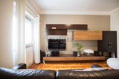Imagem de apartamento t2 em Penha de França Kitchen Cabinets, Table, Furniture, Home Decor, Street, Decoration Home, Room Decor, Kitchen Base Cabinets, Tables