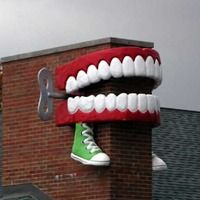 FOREST PARK, IL - Giant Wind-Up Teeth {Only in America. From the amazing to the utter rubbish via Roadside America}