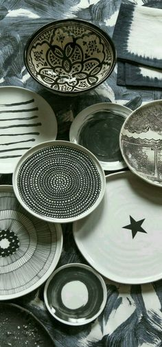 40+Wall Decor with beautiful designed plates - The Architects Diary