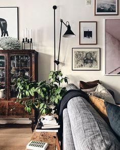 Home Interior Design — Living room Cozy Living Rooms, Living Room Chairs, Home Living Room, Interior Design Living Room, Living Room Decor, Living Spaces, Dining Room, Deco Design, Home And Deco