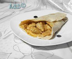 #Hoy os traigo una #receta #fácil, #Ràpida y #deliciosa de la #cocina #mexicana.  #Fajitas de #Pollo y #Salsa de Queso.  ● INGREDIENTES :  -2 Pechugas por fajita  -Salsa de Queso Nachos  1 Cucharada por pechuga  -Cebolla  -Pimienta  -Aceite de Oliva  -Sal  -Tor...