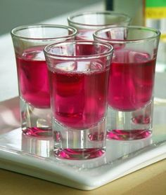 Jell-O-Shots (Götterspeise-Schnaps)
