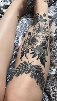 Dream Tattoos, Time Tattoos, Future Tattoos, Leg Tattoos, Flower Tattoos, Arm Tattoo, Body Art Tattoos, Small Tattoos, Sleeve Tattoos
