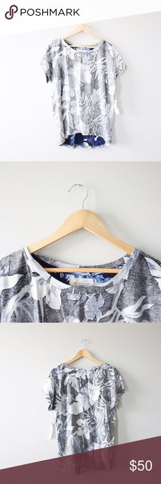 """Sol Angeles Indigo Palms Tee Sol Angeles """"indigo palms"""" reverse printed tee size large. Blue and gray. Tropical print. New with tags, no stains rips or tears. Sol Angeles Tops Tees - Short Sleeve"""