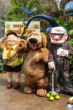 Information about Carl Fredricksen (Carl, Mr. Fredricksen) and pictures of Carl Fredricksen including where to meet them and where to see them in parades and shows at the Disney Parks (Walt Disney World, Disneyland, Disneyland Paris, Tokyo Disneyland) Disney Trips, Disney Parks, Disney Pixar, Walt Disney, Disney World Characters, Disney World Magic Kingdom, Parc Disneyland Paris, Up Pixar, Disney Universal Studios
