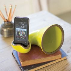 Ceramic phone speaker amplifies sounds/music without any need for electricity.