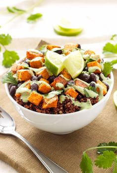 Healthy Lunch Ideas for Work - Sweet Potato And Black Bean Quinoa Bowls - Quick and Easy Recipes You Can Pack for Lunches at the Office - Lowfat and Simple Ideas for Eating on the Job - Microwave, No Heat, Mason Jar Salads, Sandwiches, Wraps, Soups and Bowls http://diyjoy.com/healthy-lunch-ideas-work