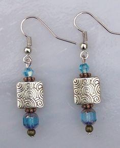 Spiral Square with Blue Earrings handmade Spiral Square with Blue Earrings Men's Jewelry, Custom Jewelry, Jewelry Sets, Gemstone Jewelry, Beaded Jewelry, Jewelery, Jewelry Accessories, Jewelry Design, Jewelry Making