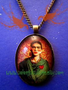 vintage style brass art jewellery gifts Necklace with a Frida Kahlo pendant and a white bead Selma Dreams