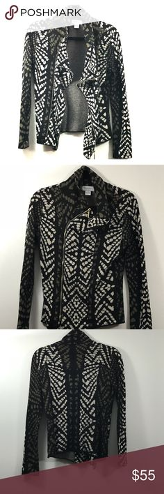 Nieman Marcus Zip up Asymmetric Sweater Zip-up Asymmetric Patterned Sweater from Nieman Marcus. Original size medium but had altered to fit a small (4-6). Cotton wool blend. Worn a handful of times. In great condition. The designer is Carmen Marc Valvo. Carmen Marc Valvo Sweaters
