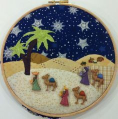 Wisemen with buttons Nativity Crafts, Xmas Crafts, Felt Crafts, Diy And Crafts, Christmas Frames, Christmas Love, Vintage Christmas, Christmas Thoughts, Christmas Decorations