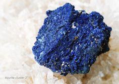 #crystals #crystalhealing #180dayscrystals #raiseyourvibration #positiveenergy #azurite #thyroidproblems