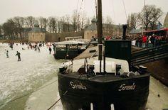 De Singeltocht '97 bij het Spanjaardsgat  De belangstelling voor deze schaatstocht was overweldigend. Vanaf dat moment was de vraag naar een ijsbaan in Breda groter dan ooit. Op 28 juni 2000 ging de Bredase gemeenteraad akkoord met de aanleg van een kunstijsbaan aan de Terheijdenseweg Datering van 11-01-1997