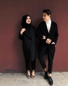 Cute Muslim Couples, Cute Couples Goals, Romantic Couples, Wedding Couples, Matching Couple Outfits, Matching Couples, Hijab Fashion Inspiration, Hijab Style, Arab Women