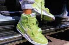 First Look Just Don x Jordan Legacy Ghost Green Streetwear… – Bikini Girls Sneaker Bar, Sneaker Heels, Cute Sneakers, Shoes Sneakers, Green Sneakers, Mode Chanel, Aesthetic Shoes, Hype Shoes, Basket A Talon