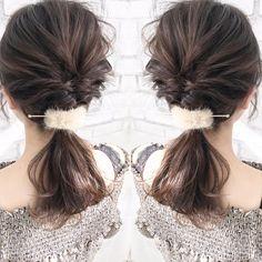 ヘアアクセを使えば、難しいテクニックがなくてもアレンジがサマ見えするんです♡今回は大人におすすめのヘアアクセにフォーカスして、おすすめアレンジをご紹介します。 Hair Arrange, Hairstyle, Womens Fashion, Beauty, Hair Job, Hair Style, Hairdos, Women's Fashion, Hair Styles