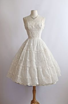 Vintage 1950s wedding dress, Xtabay Vintage.