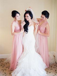 wedding dresses idea; photo: Tracy Enoch Photography