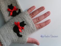 Light grey eco-friendly alpaca child size fingerless gloves