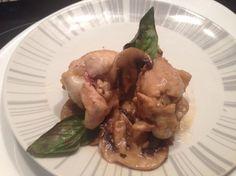 Pollo con champiñones para #Mycook http://www.mycook.es/receta/pollo-con-champinones-2/