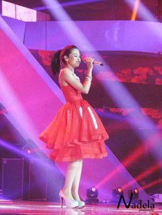 maudy ayunda indonesian celebrities   livestream