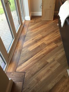 Karndean flooring Van Gogh classic oak flooring laid with boarder and a 45 degree angle patten Karndean flooring Van Gogh classic oak flooring laid with boarder and a 45 degree angle patten Alice Micklethwaite alimicklethwait nbsp hellip Flooring Karndean Flooring, Vinyl Plank Flooring, Wooden Flooring, Hardwood Floors, Oak Flooring, Flooring Ideas, Living Room Flooring, Kitchen Flooring, Wood Floor Design