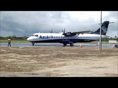 ▶ Pouso e Decolagem da Azul no FEC - YouTube