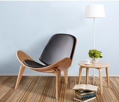 Wegner's CH07 Shell Chair