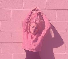 Hey Violet, Pop Punk, Celebs, Celebrities, Celebrity Crush, Role Models, Cute Girls, Beautiful People, Girls Dresses