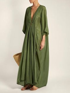kalita clemence deep v-neck silk gown Style Outfits, Hippie Outfits, Mode Outfits, Summer Outfits, Summer Dresses, Maxi Dresses, Formal Outfits, Linen Dresses, Casual Dresses