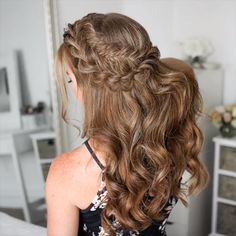 21 glamorous wedding hair half up half down hairstyles. Wedding Hair Half, Wedding Hairstyles For Long Hair, Braids For Long Hair, Long Curly Hair, Down Hairstyles, Braided Hairstyles, Curly Hair Styles, Hairstyle Wedding, Boho Wedding