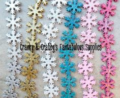 30mm Resin Flat Snowflake Glitter Beads Great for chunky necklaces. You will receive 10 beads in your choice of color, no mixing beads are