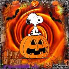 Happy Halloween from Snoopy Snoopy Halloween, Image Halloween, Charlie Brown Halloween, Snoopy Christmas, Halloween Images, Fall Halloween, Happy Halloween Gif, Happy Halloween Pictures, Snoopy Images
