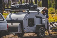 Teardrop Trailer Lifestyle: Pictures and information about the way people camp with teardrops. Teardrop Camper For Sale, Campers For Sale, Teardrop Trailer, Best Trailers, Trailers For Sale, Little Guy Trailers, Lightweight Trailers, Camper Caravan, Truck Camping