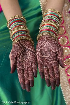View photo on Maharani Weddings http://www.maharaniweddings.com/gallery/photo/80187